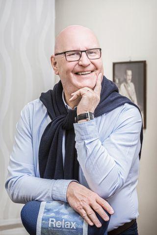 Hiippakuntasihteeri Ari Tähkäpää