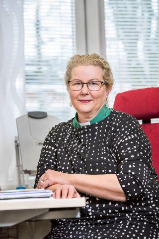 Hiippakuntasihteeri Anne Pöyry